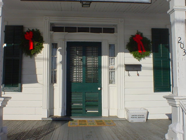 The Lakeview Mansion Sporting the Christmas Spirit.
