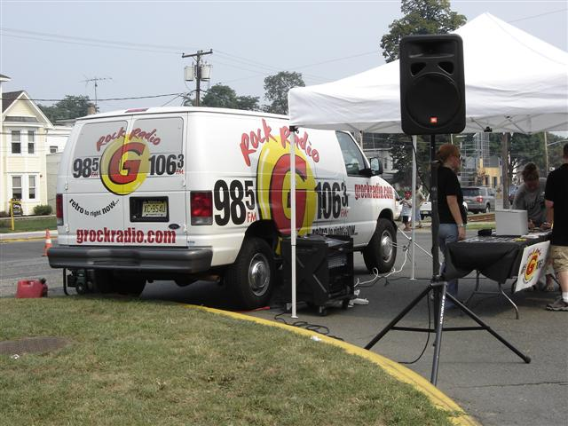 G106.3 was on location!